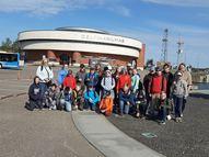 Mūsu grupa pie Delfinārija